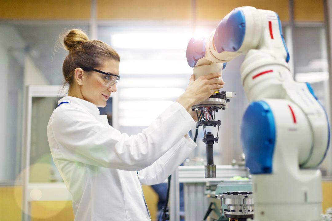 关于英飞凌研究的协作机器人的性能分析