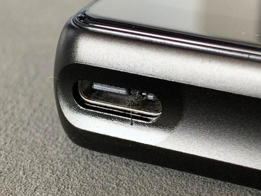 手机Type-C充电线也有正确的使用规范