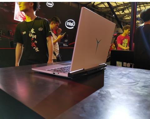 联想拯救者Y7000P 2019冰魄白版本正式发布最高搭载i7-9750H处理器