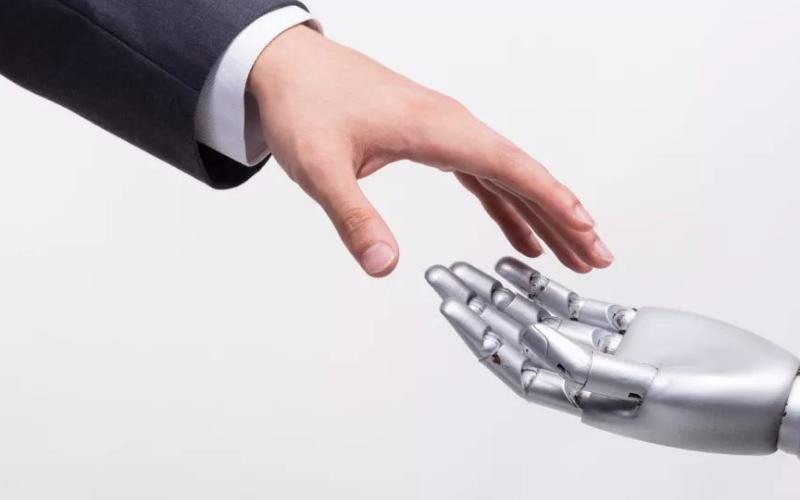 易络盟展望未来,解读AI和机器人