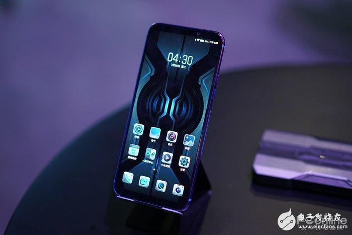 黑◇鲨游戏手机2Pro值ξ 不值得买