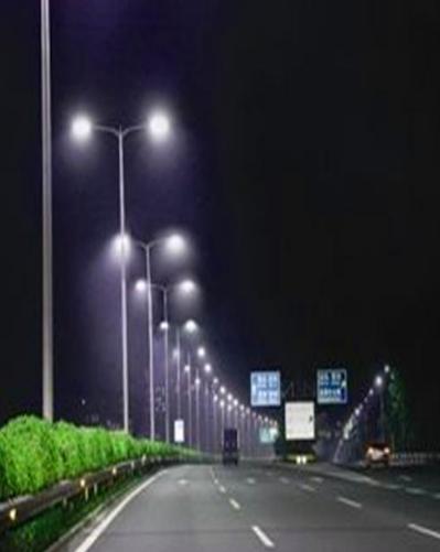 高雄市后续将有12万盏传统路灯换成LED节能路灯