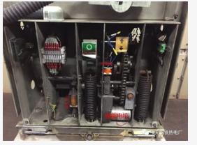 平高集团研制的电机驱动断路器已通过国家电网公司科...