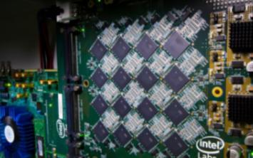 英特尔最新推出类人脑的模拟芯片集群