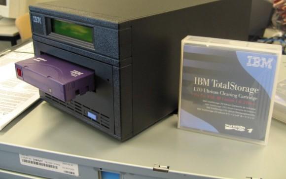 磁带未来还是主流存储媒介