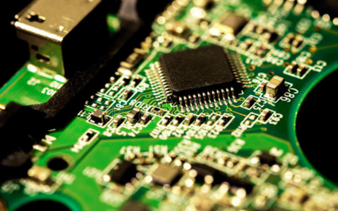 芯片设计人员不能总是依赖于他们过去使用的许多传统技术和计算