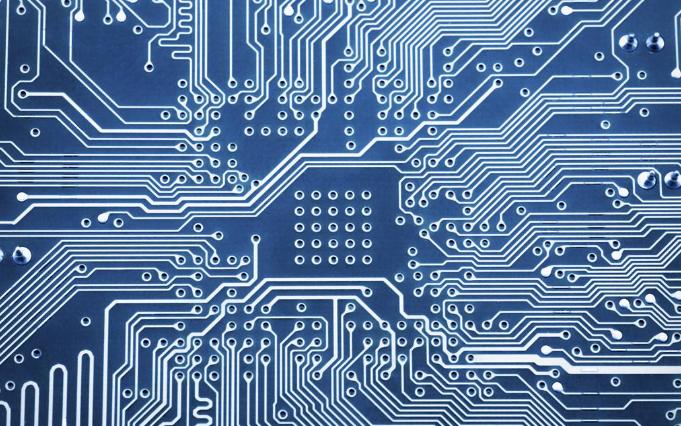 Amp Inc从传统和替代介电材料制造了一套印刷线路板