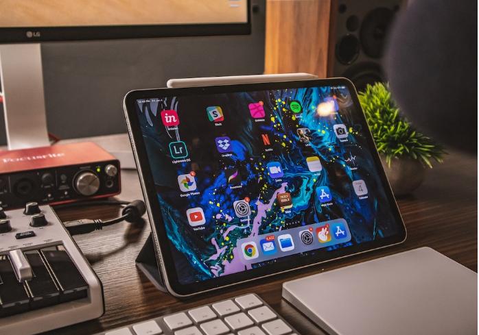 苹果将发布采用三摄的iPhone,下一代iPad也将搭载三摄系统