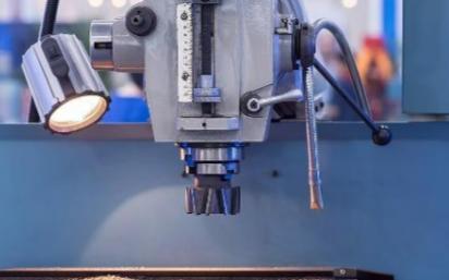 如何看待工业自动化控制与社会发展的矛盾