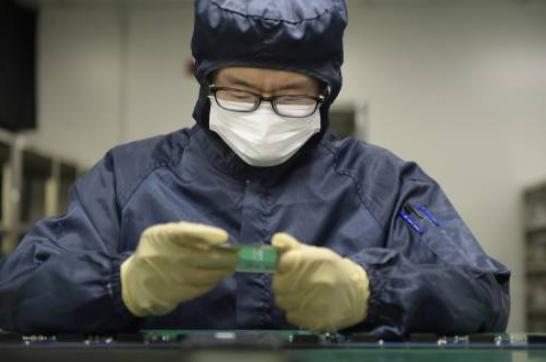 """韩国决定将日本从""""白名单""""中清出,开始在中国寻求替代厂家"""