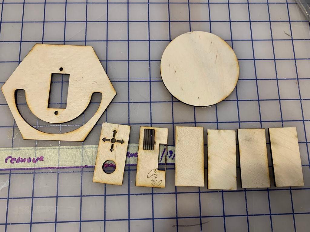 如何使用ArduinoNanoV2制作自动太阳能跟踪器