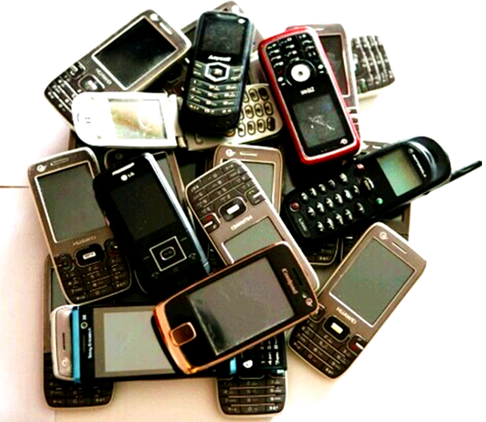 """旧手机到底能干吗呢?可""""变废为宝""""?"""
