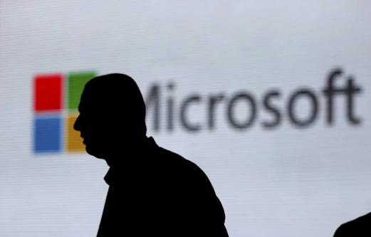 微软公司的员工或承包商可以秘密听取录音