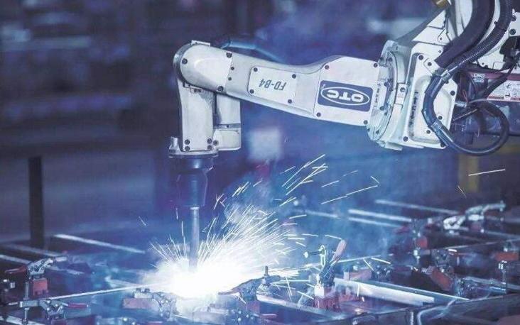 2022年全球智能制造市场规模将逼近3700亿美...