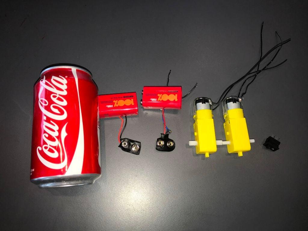 怎样用可口可乐罐制作机器人