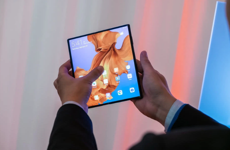 华为为什么推迟折叠屏手机Mate X的发售?华为...