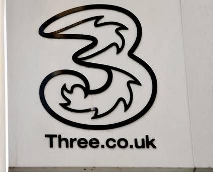 华为已助力英国三家运营商推出了5G商用服务