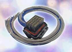 新型ECU连接器系统通常应用于汽车 可降低成本节省汽车电路板空间