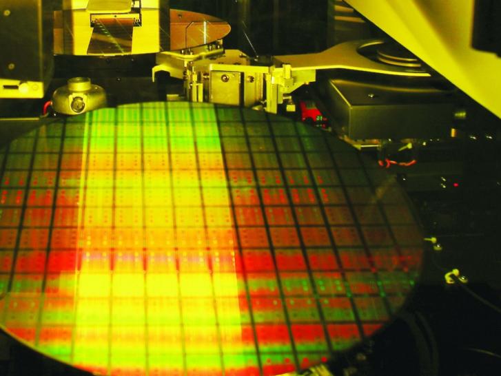 3D封装成半导体巨头发展重点 封装技术在台积电技...