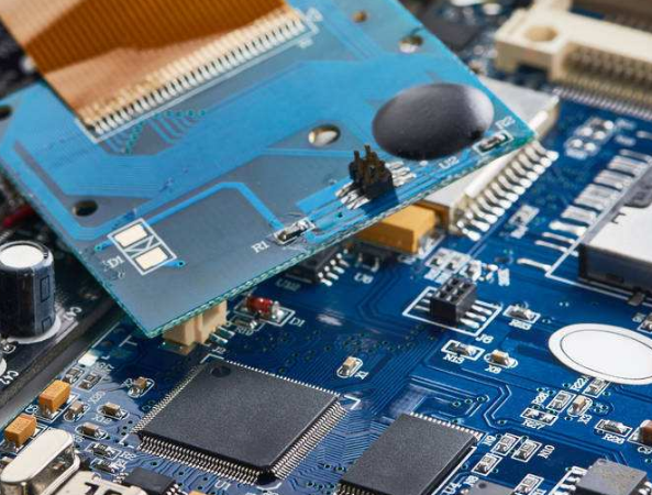 中芯南方迎来第一批晶圆厂设备的顺利搬入 产品主要面向下一代移动通讯和智能终端
