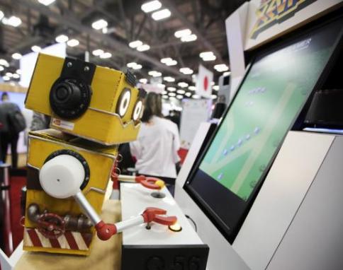 机器人都已经琴棋书画样样精通了