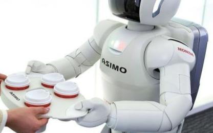 全球机器人的市场规模逐年扩大