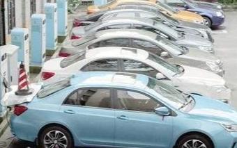 在不久的将来电动汽车将会取缔燃油车的地位