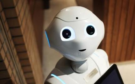 科沃斯用服务机器人共享新生态