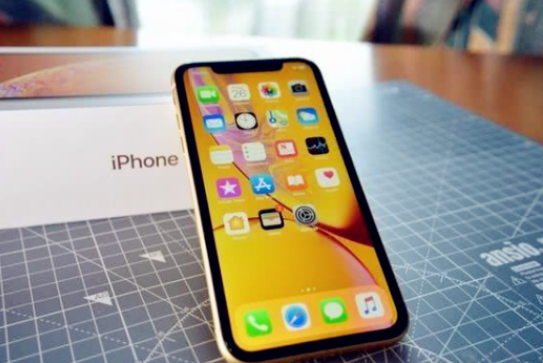 即将发布的iPhone11三个方面告诉你,这部手机到底值不值的!