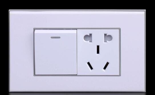 五孔插座怎么接线_五孔插座接线图