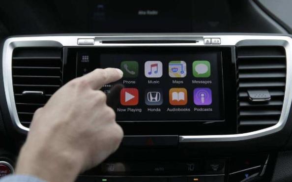 智能技术与网络通信技术在交通领域得到迅速应用