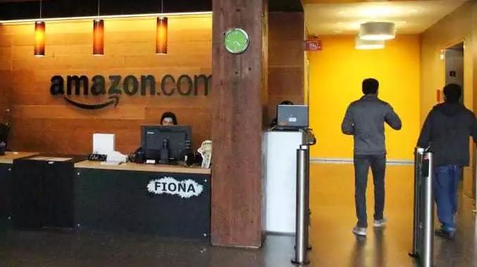 亚马逊全球财务主管库尔特·祖沃亭日前离职,已效力贝索斯15年