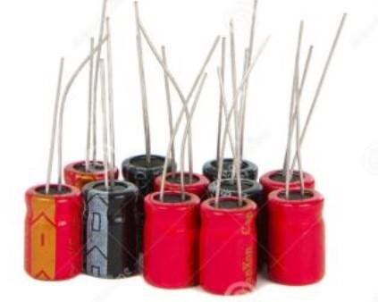 在维修时如何对电容器进行安全的放电