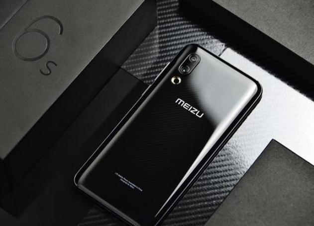 这三款手机可以说是极致的性价比,哪一款更让你心动...