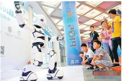 """智能机器人站上""""风口""""!国产机器人增速放缓"""