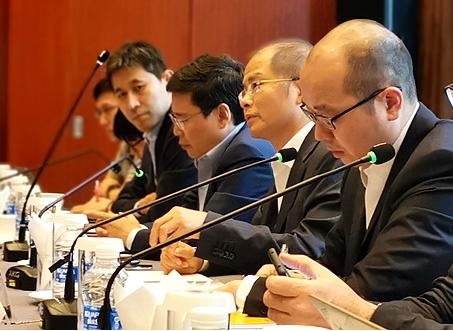 华为董事长徐直军表示中国是在做5G而欧美是在谈5...