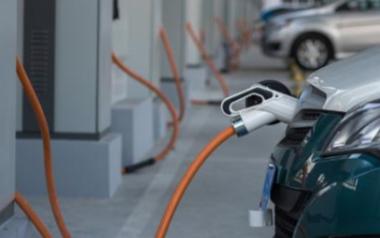 新能源汽车的轻混和强混以及插电式有什么区别