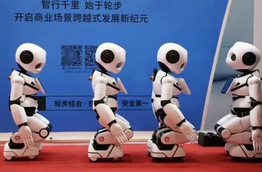 未来的我们每一人拥有机器人数量是1台,还是10台...