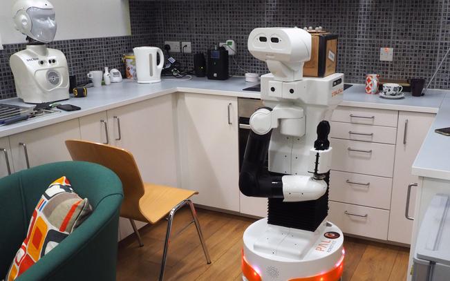 到2024年 消费机器人出货量达到每年3900万台