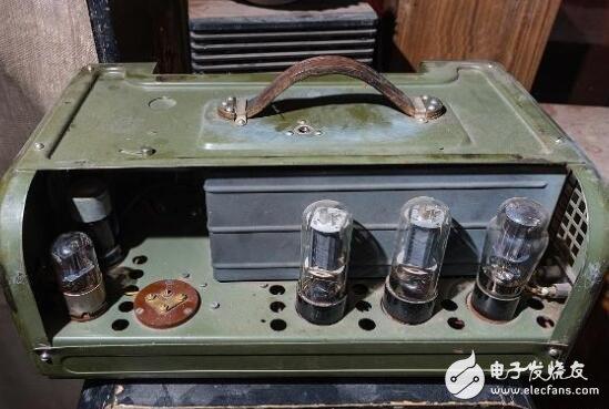 如何检查电子管收音机元件?