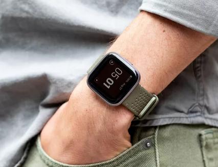 Fitbit Versa 2将于9月15日在美国...
