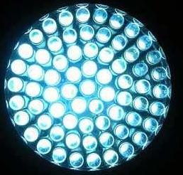 透明LED显示屏是正发光的好还是侧发光的好