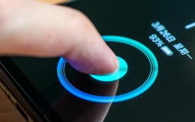屏下指纹触控技术或将成为OLED屏幕的标配