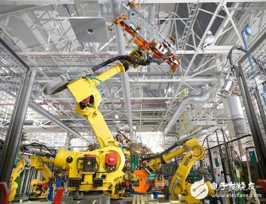 工业机器人市场竞争激烈 掌握核心技术成发展关键