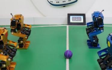 智能机器人是智能终端的最终产物
