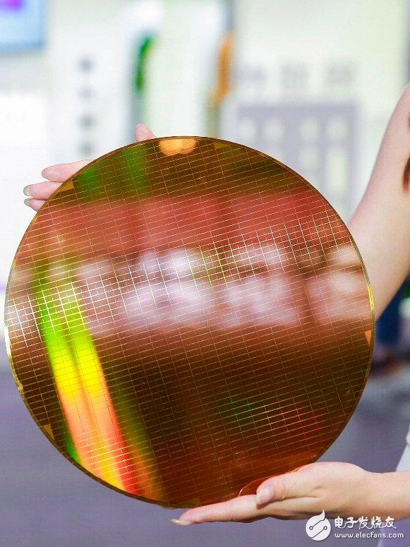 中国首款64层3DNAND闪存即将亮相 将推动高...