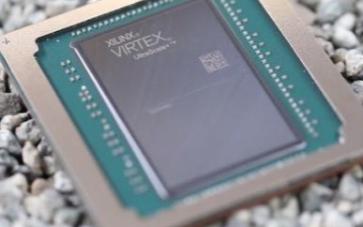 赛灵思的大容量FPGA芯片拥有900万个系统逻辑单元