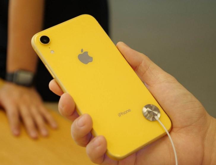卢伟冰:苹果公司如果还那么傲慢,市场份额还会继续...
