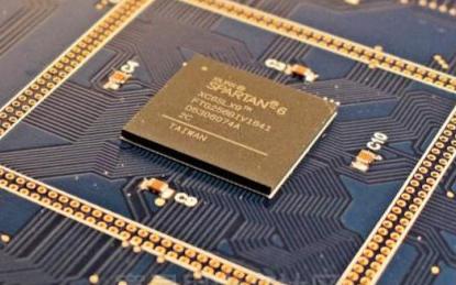 将FPGA的开发从传统的硬件迁移到云上