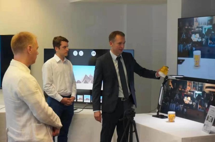 走访了TCL的欧洲研发中心,产能200万台,AI是创新主题